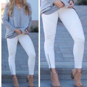 White Moto Jegging with Ankle Zipper